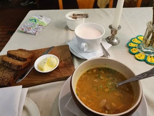 Restaurant Vanaema Juures (Grandma's Place)