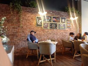 Panera Café 3