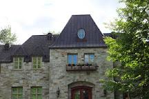 Chateau Taillefer Lafon, Laval, Canada
