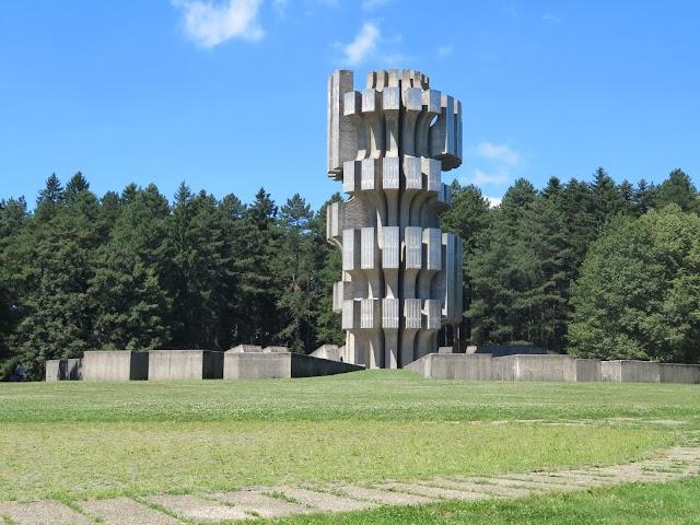 Monument to the Revolution (Spomenik Slobode)