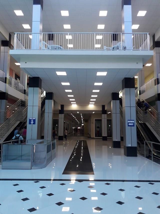 Baywalk Shopping Mall