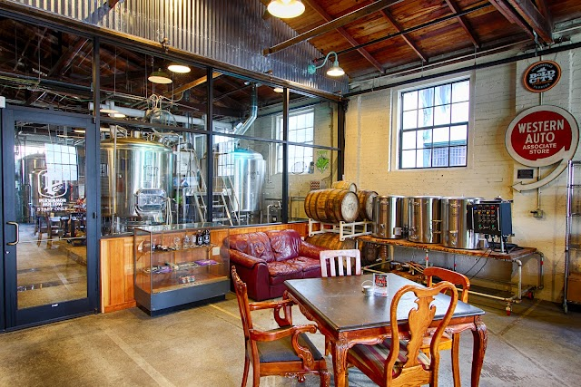 Persimmon Hollow Brewing Company