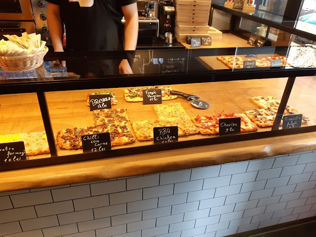 Treevi Pizza al Taglio Universitate
