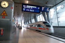 Железнодорожная станция  Frankfurt(M) Flughafen Fernbf