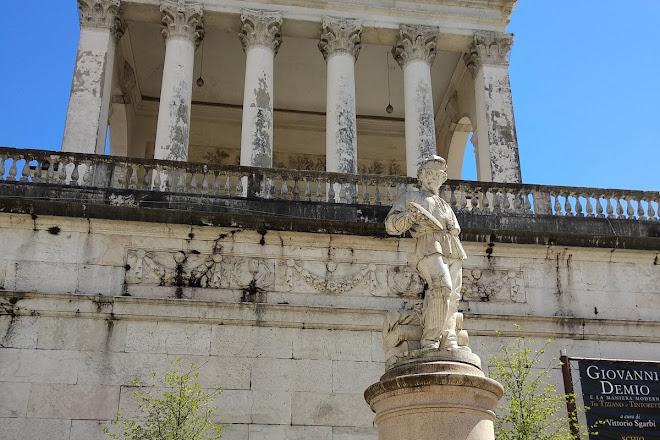 Monumento al Tessitore, Schio, Italy
