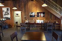 Roanoke Vineyards, Riverhead, United States