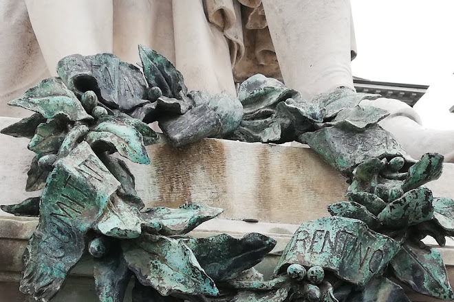 Monumento a Carlo Goldoni, Florence, Italy