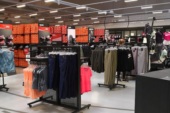 Nike Outlet Herzogenaurach — factory