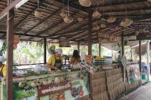 Pra Cha Rat Floating Market, Surat Thani, Thailand