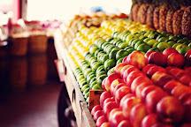 Casa de Fruta, Hollister, United States
