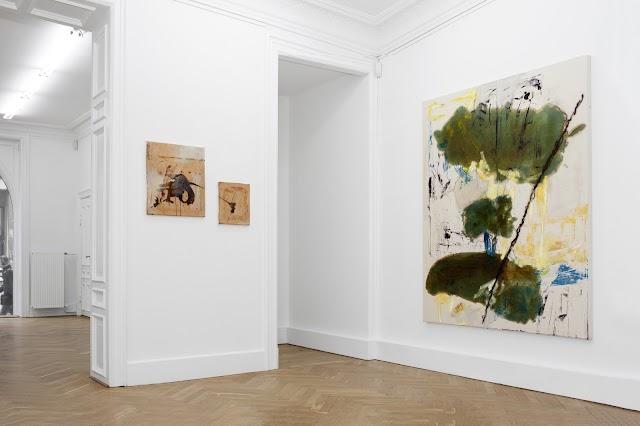 Sunday-S Art Gallery