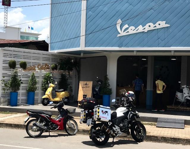 เวสป้าคาเฟ่ Vespa Cafe