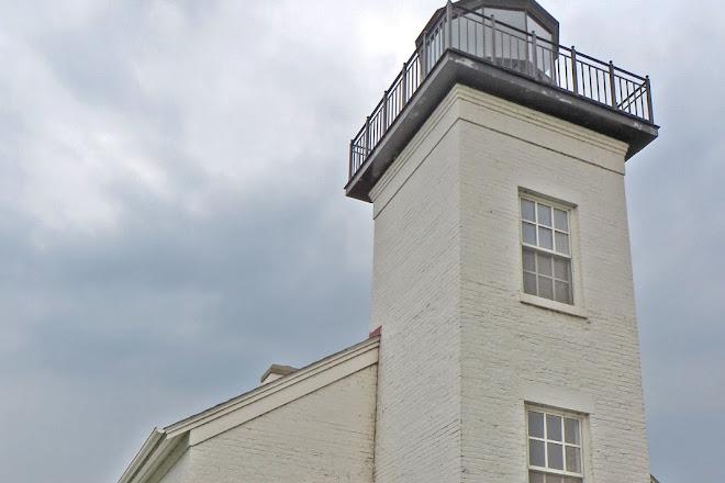 Sand Point Lighthouse, Escanaba, United States