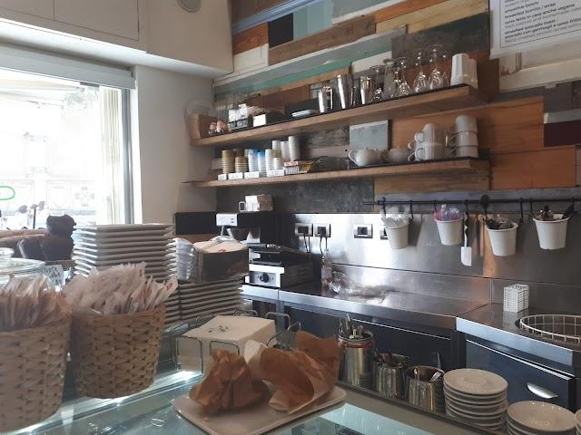 Shake Cafe