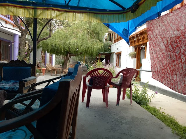 Ti-Sei Guest House