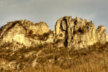 Seneca Rocks Mountain Guides, Seneca Rocks, United States