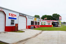 Gary's Garage Museum, Caney, United States