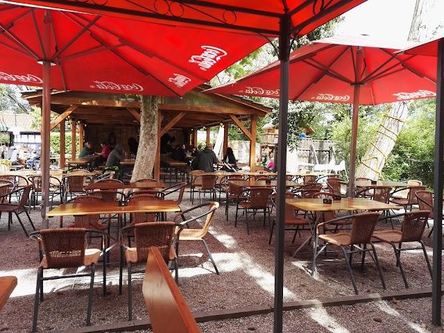 Uferstüble Restaurant Pension Biergarten