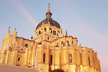 Catedral de Sta Maria la Real de la Almudena, Madrid, Spain