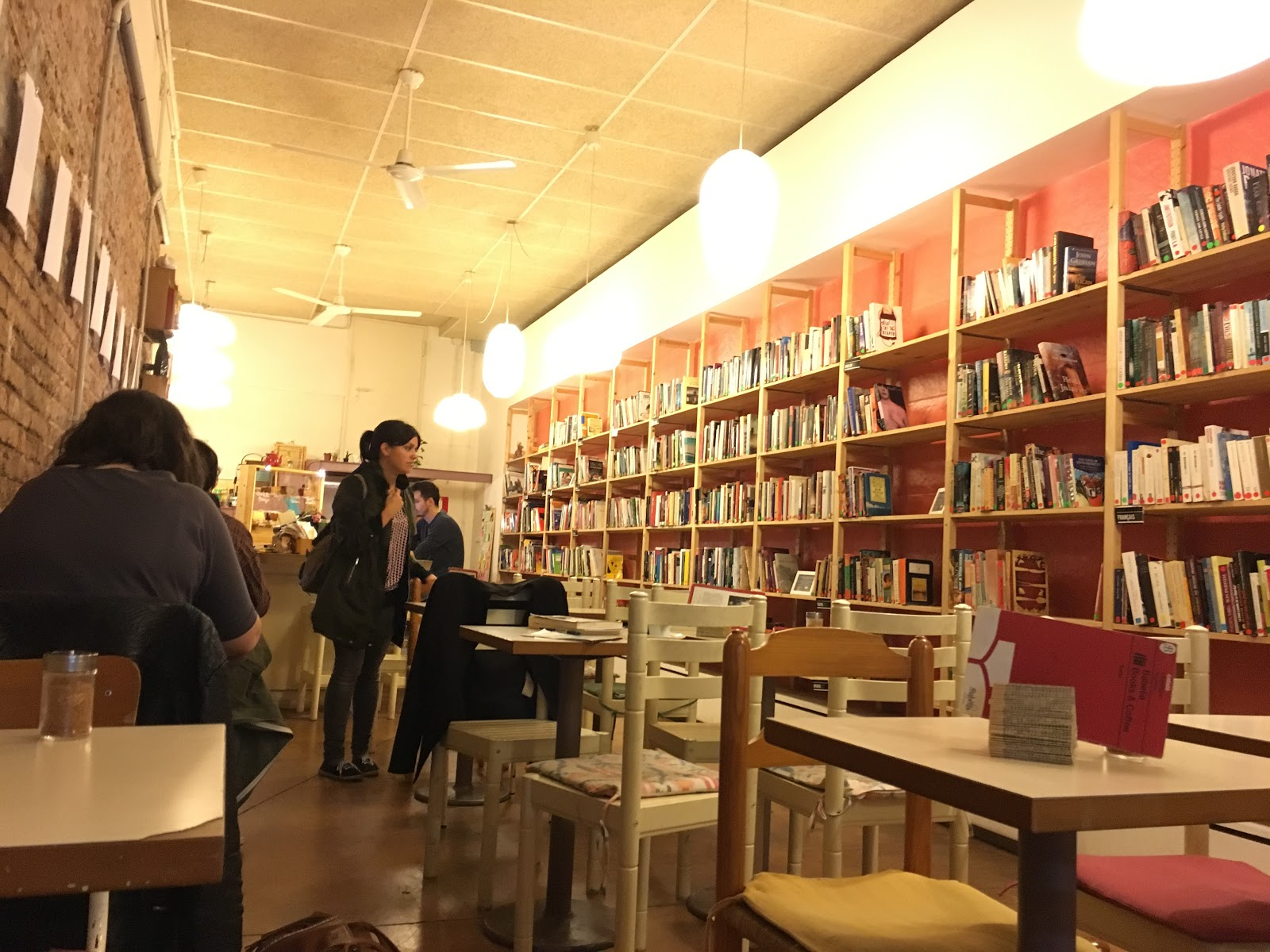 Babelia Books & Coffee: A Work-Friendly Place in Barcelona