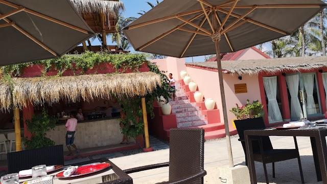 Pink Coco Sunset Resto & Bar
