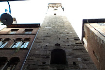 Torre delle Ore, Lucca, Italy
