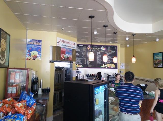 Le Diplomate Cafe