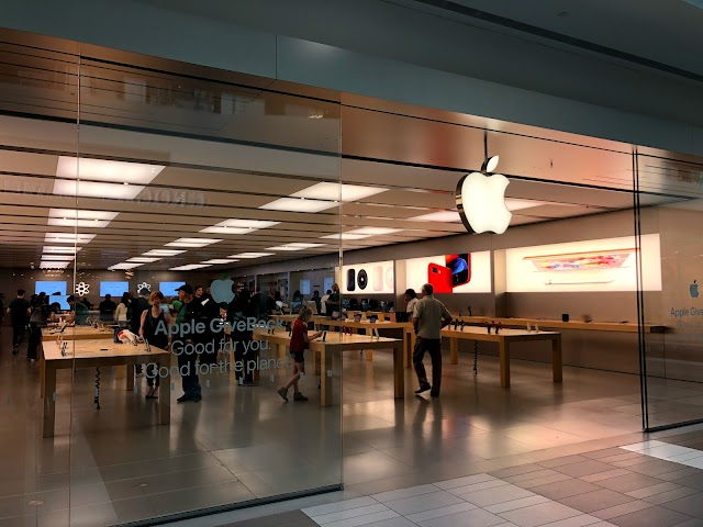 Apple CoolSprings Galleria
