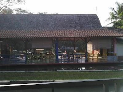 Gunung Torong Hot Spring Park