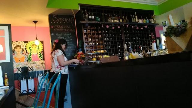 Lunitas Mexican Eatery