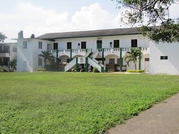 St Augustine College >> St Augustine S College