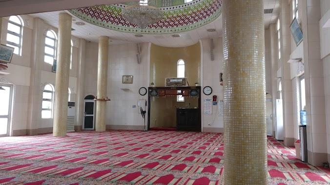 Alhaji Banda Mosque, Author: Mohammed-Hanif Abdulai