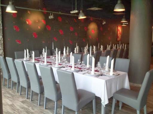 Restauracja Kwadrans Po 12 Bud Crown Square Przyokopowa 31 01