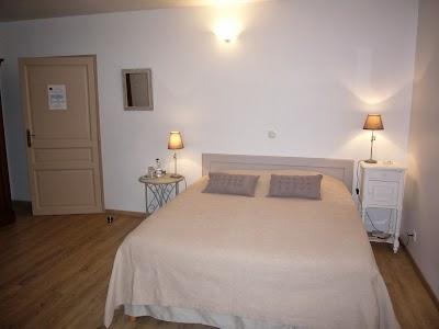 a3f5df05372 Au bois dormant - Chambres d hôtes de charme près de Surgères Charente  Maritime ...