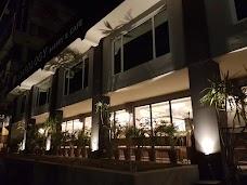 Loafology Bakery & Cafe