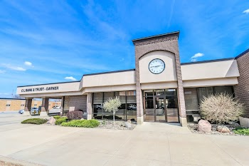 Clear Lake Bank & Trust Company Payday Loans Picture