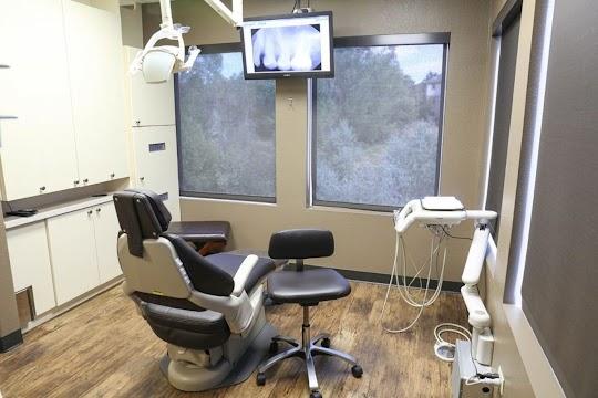Aurora Family Dentistry Interior