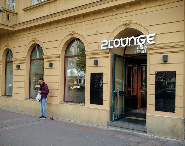 Cafe 2Lounge