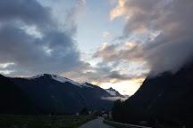 Aursjovegen Road, More og Romsdal, Norway