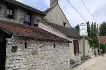 Ferme Pedagogique De Saint-hilliers, Saint-Hilliers, France