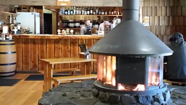 Tavern Bar & Bistro