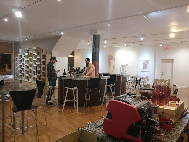 Vino Gallery
