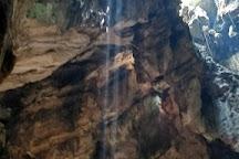 Hoa Nghiem Cave, Da Nang, Vietnam