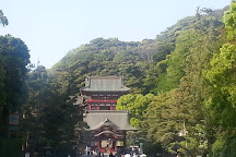 Tsurugaoka Hachimangu Shrine, Kamakura, Japan