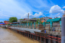 Wat San Chao Floating Market, Pathum Thani, Thailand