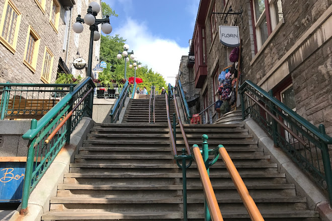 Visit Breakneck Steps L Escalier Casse Cou On Your Trip To