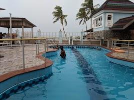 Barracuda Beach Resort Lagos