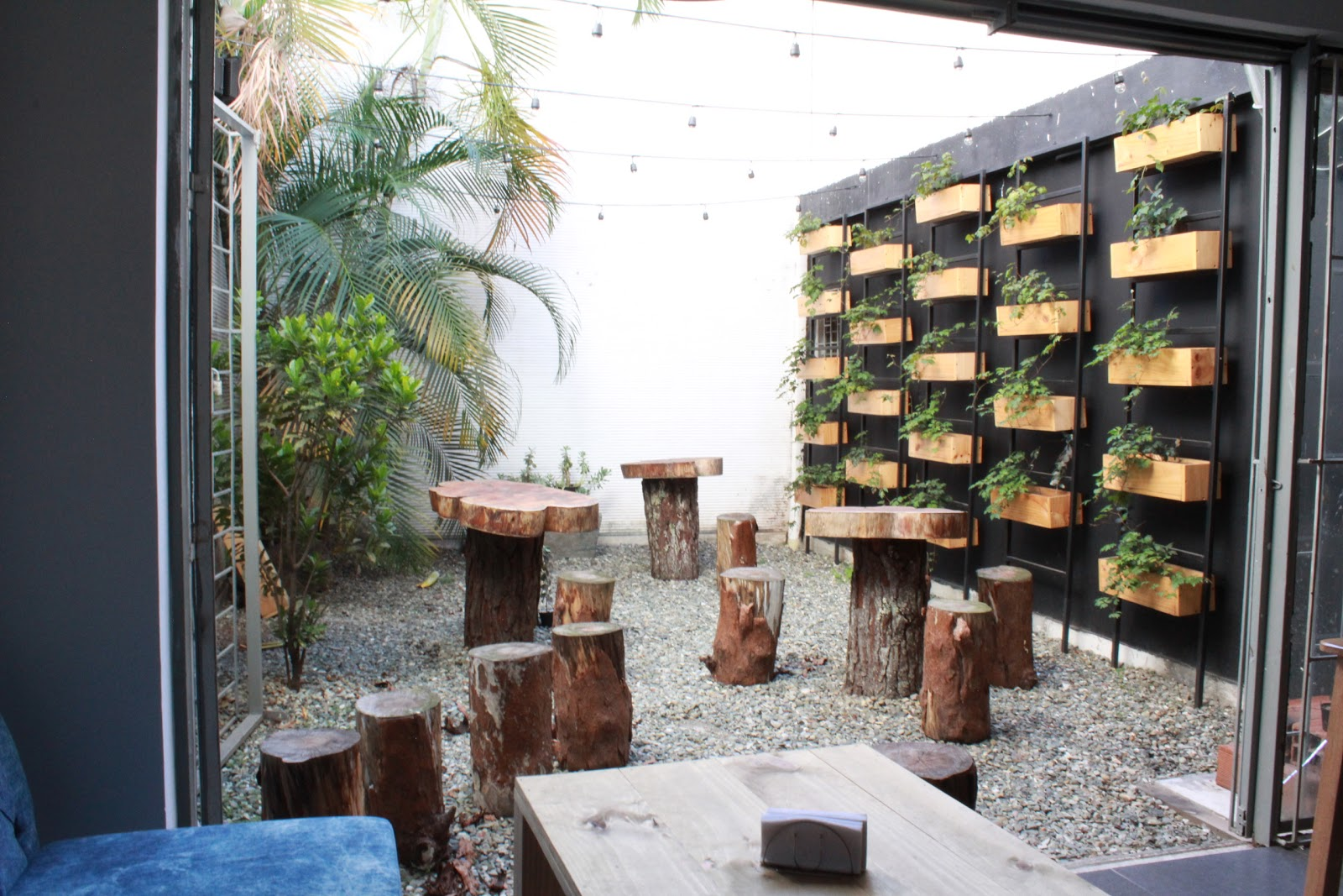 Convite Bar y Parrilla: A Work-Friendly Place in Medellin