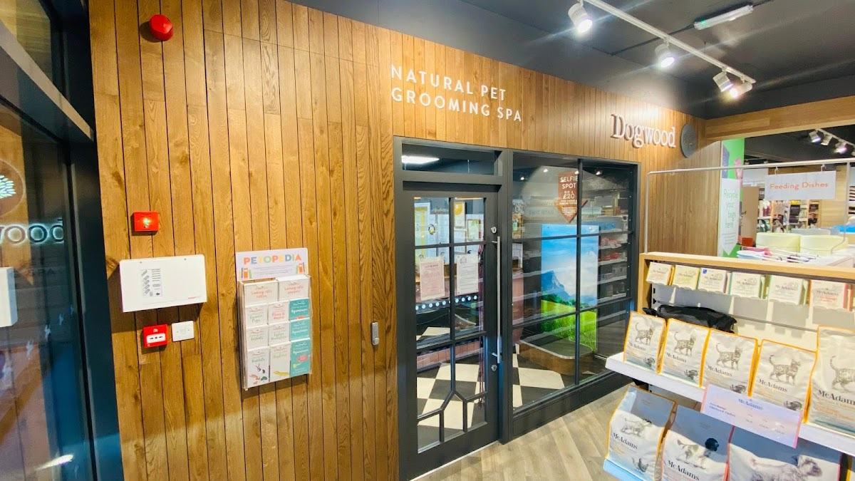 Dogwood Beaconsfield Pet Grooming Spa store