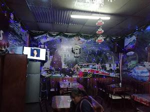 ENCANTOS Restaurant 1